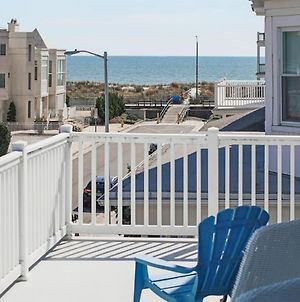 Large Beach Home With Ocean Views From Balcony photos Exterior
