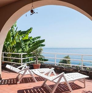 Apartment With 3 Bedrooms In Aci Castello With Wonderful Sea View Terrace And Wifi photos Exterior