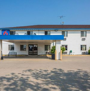 Motel 6 Fargo South photos Exterior