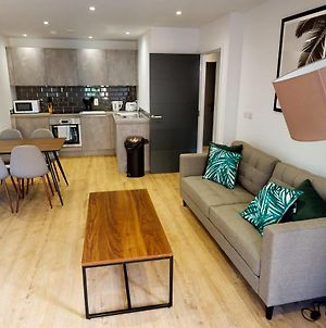 Stunning New 1 Bed Flat In The Heart Of Cardiff photos Exterior