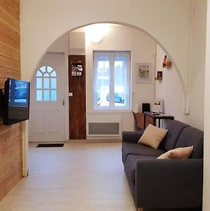 House With One Bedroom In Saintamandleseaux With Wonderful City View And Wifi photos Exterior