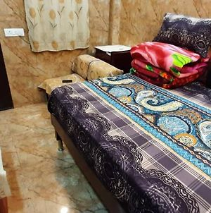 Room In Guest Room - Posh Foreigners Place,Couples Allowed Lajpat Nagar photos Exterior