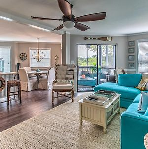 Bright And Beachy Condo With Screened-In Balcony! photos Exterior