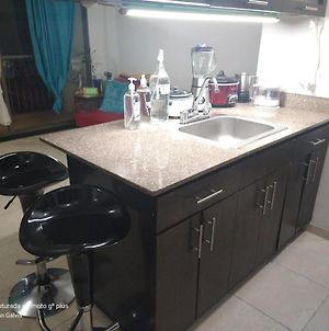 Shared Apt X 3 Guests, Close To Arkadia Mall City! photos Exterior