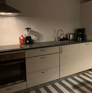 Single Room 15 Min Walk From The City Center photos Exterior
