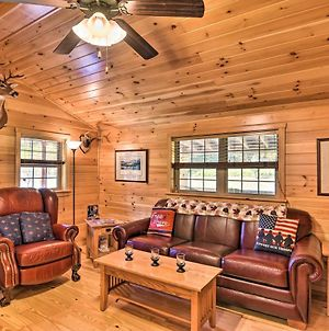 Pet-Friendly Cabin With Fire Pit And River Access photos Exterior