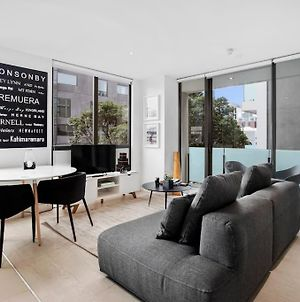 Sophisticated & Stylish Apt In Prime Location photos Exterior