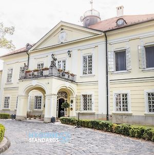 Szidonia Manor House photos Exterior