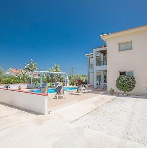 Villa Akefalo - Beautiful 3 Bedroom Protaras Villa With Private Pool - Close To Amenities photos Exterior