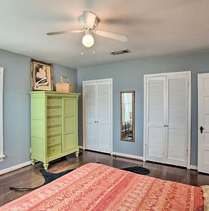Fort Worth Home With Patio - 5 Mi To Downtown! photos Exterior