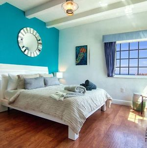 Miami Beach Private Room With Queen Bed And Bathroom photos Exterior