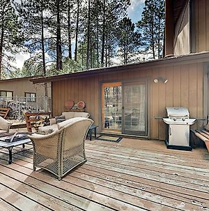 Lavish Retreat With Hot Tub, Game Room - Near Skiing Home photos Exterior