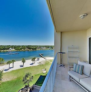 Stunning All-Suite Getaway With Pool, Private Beach Condo photos Exterior
