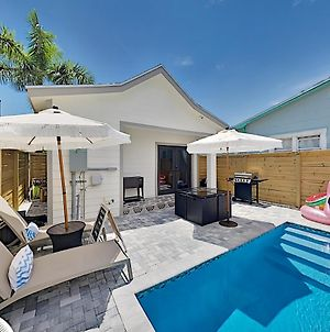 Pineapple Cove - Designer All-Suite With Heated Pool Home photos Exterior