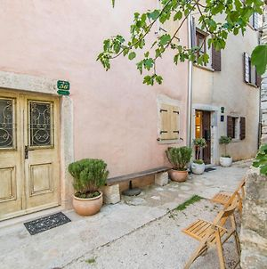Completely Renovated Traditional Istrian Stone House Villa Bale-Valle photos Exterior