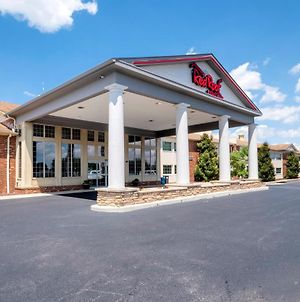 Hometowne Studios By Red Roof Wilmington - New Castle photos Exterior