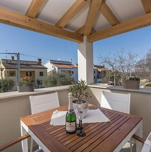 Beautiful Decorated Apartment With Sea View Near The Olive Groves And The Sea photos Exterior