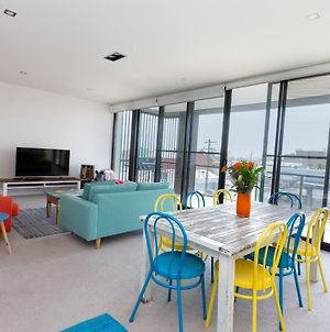 Colour & Swank At The Mill In The Heart Of Cbd! photos Exterior