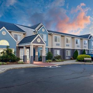 Microtel Inn & Suites By Wyndham Burlington photos Exterior