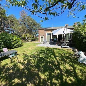 Attractive Holiday Home, Sunny Garden, 150 Meters From The Beach photos Exterior