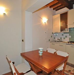 Pitigliano Apartment Sleeps 4 With Pool photos Exterior