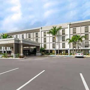 Comfort Inn & Suites Clearwater Pinellas Park photos Exterior