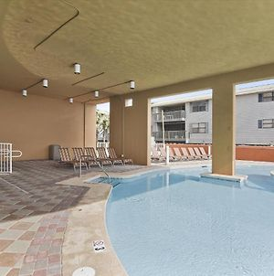 Phoenix Gulf Shores Unit 1702 photos Exterior