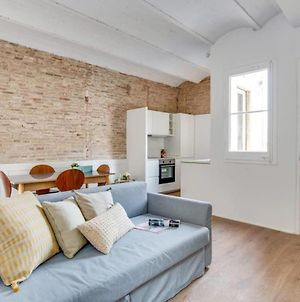 Stylish Design 1 Bed In The Heart Of Gracia photos Exterior