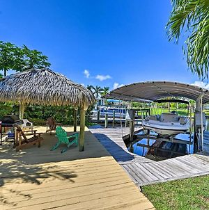Canalfront Cape Coral Retreat With Pool And Dock! photos Exterior