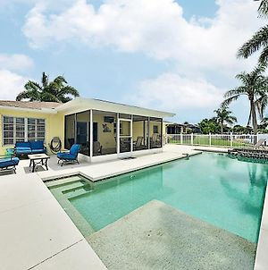 Canal-Front Getaway With Pool - Minutes To Beach! Home photos Exterior
