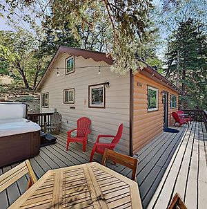 Updated Vintage Cabin - Hot Tub, Near Skiing, Golf Home photos Exterior