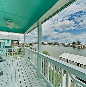 New Waterfront Home - Salt Lake & Copano Bay Views! Home photos Exterior