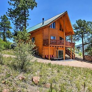 Secluded Cabin With Game Room & Huge Wraparound Deck Cabin photos Exterior