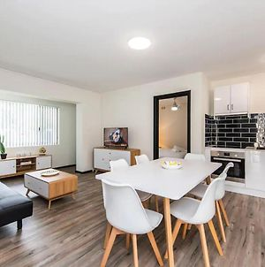 Stylish Space In Leafy South Perth - Sleeps 2 photos Exterior