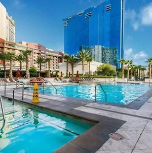 Beautiful Pool View With No Resort Fees And Free Parking At Mgm Signature photos Exterior