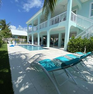 Blue Paradise 5Bed/5Bath Brand New Construction With Private Pool photos Exterior