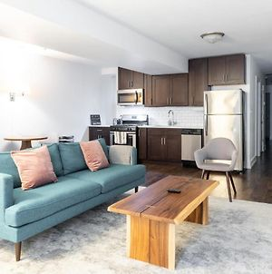 Cozy West Town 2Br With Full Kitchen By Zencity photos Exterior