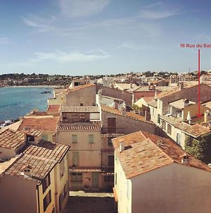 Old Antibes Home, Roof Terrace And Sea Views photos Exterior