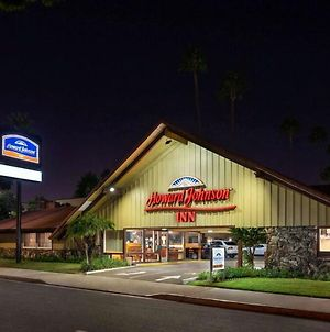 Howard Johnson By Wyndham San Diego State University Area photos Exterior