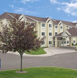 Microtel Inn & Suites Cheyenne photos Exterior