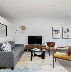 Modern Dt 1Br With Free Parking By Zencity photos Exterior