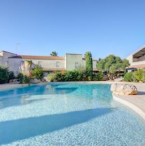 House With One Bedroom In Valrasplage With Shared Pool And Furnished Terrace photos Exterior