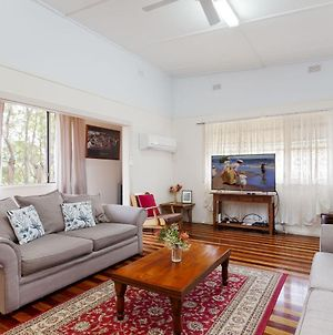 'Daves Place', 27 Rigney St - Holiday House With Wifi, Aircon & Boat Parking photos Exterior