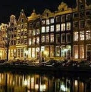 Beautiful Amsterdam 4 Bedroom Duplex With Garden Sleeps 7 Ref Amsa164 photos Exterior