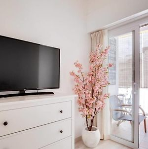 New! Gorgeous 2 Bed Flat With Balcony In Les Corts photos Exterior