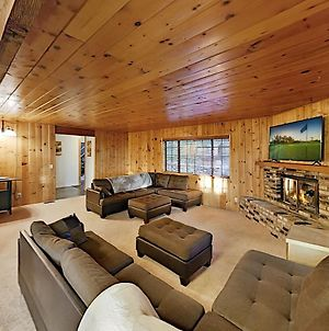 Secluded Retreat With Game Room, Near Skiing, Lake Home photos Exterior
