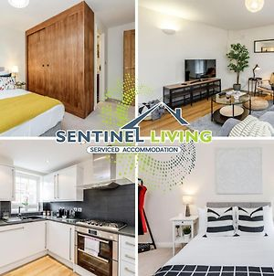 Sentinel Living Serviced Accommodation, Windsor, 2 Bedroom Apartment With Free Parking And Wifi photos Exterior
