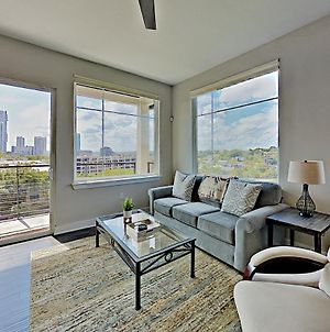 Downtown Condo With Skyline Views, Walkable Locale Condo photos Exterior