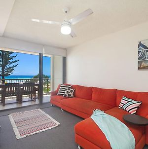 Kingston Court Unit 7 - Right On The Beach In Rainbow Bay, Great Location. photos Exterior