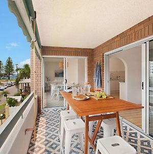 Maybury Unit 5 - Right In The Heart Of Rainbow Bay In Coolangatta photos Exterior